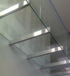 Valero Metalgrup escaleras acero inoxidable